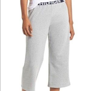 NWT Tommy Hilfiger Crop Lounge Pants